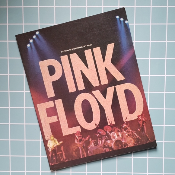 Vintage Pink Floyd: A Visual Documentary Book